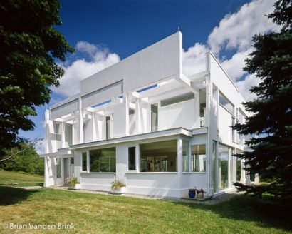Design: Eisenman Architects