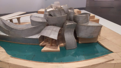 09-gehry-07